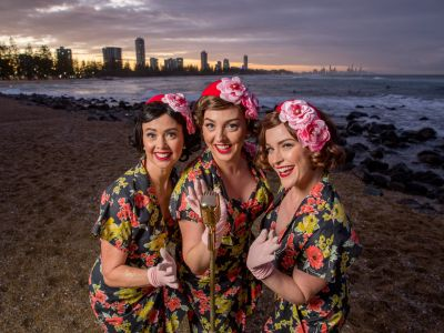 The Pacific Belles - Sing, Swing, In the Mood!